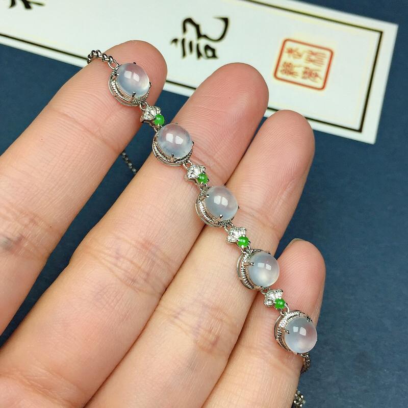 冰种翡翠手链,种水好,玉质冰透纯净,起荧光,单颗裸石尺寸:5.8-5.2-4.3