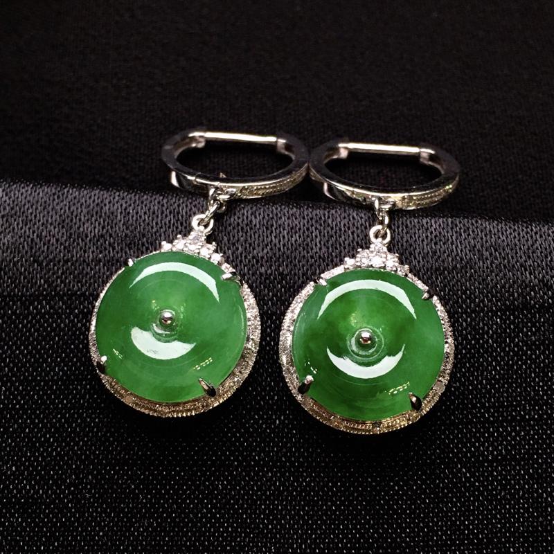 18K金钻镶嵌满绿平安扣耳坠 质地细腻 清新甜美 款式新颖时尚唯美 亮眼 整体尺寸28.7*12.2