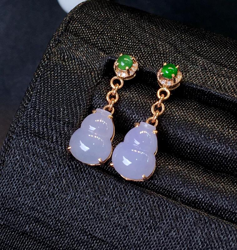 翡翠a货,紫罗兰葫芦耳坠,18k金伴钻,翡翠顶珠,佩戴精美,性价比高,裸石尺寸9.0*7.0*3.0