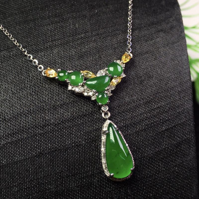 冰满绿水滴项链,冰透色艳,精美清爽,裸石:12.7*6*2
