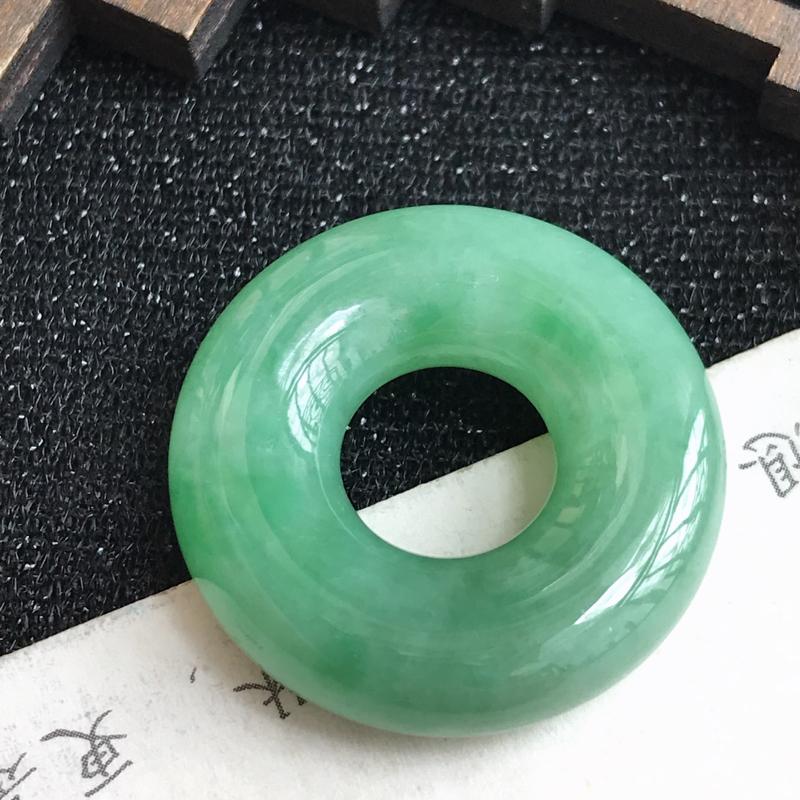 满绿平安环吊坠,尺寸:26.1*7.1mm ,翡翠A货,编号: 609