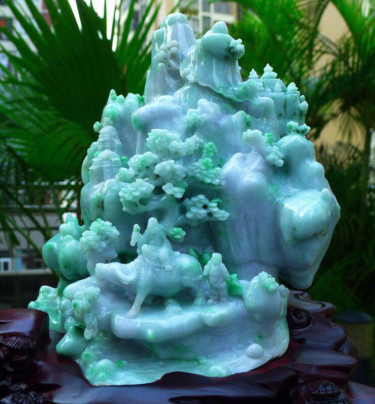 大件山水摆件 缅甸天然翡翠A货 精美 老坑 飘绿 高山流水 山水摆件 雕刻精美线条流畅 种水好 层次