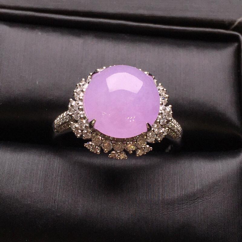 18K金钻镶嵌紫罗兰蛋面戒指 质地细腻 水润饱满 款式新颖时尚唯美上手亮眼 圈口13.5整体尺寸14