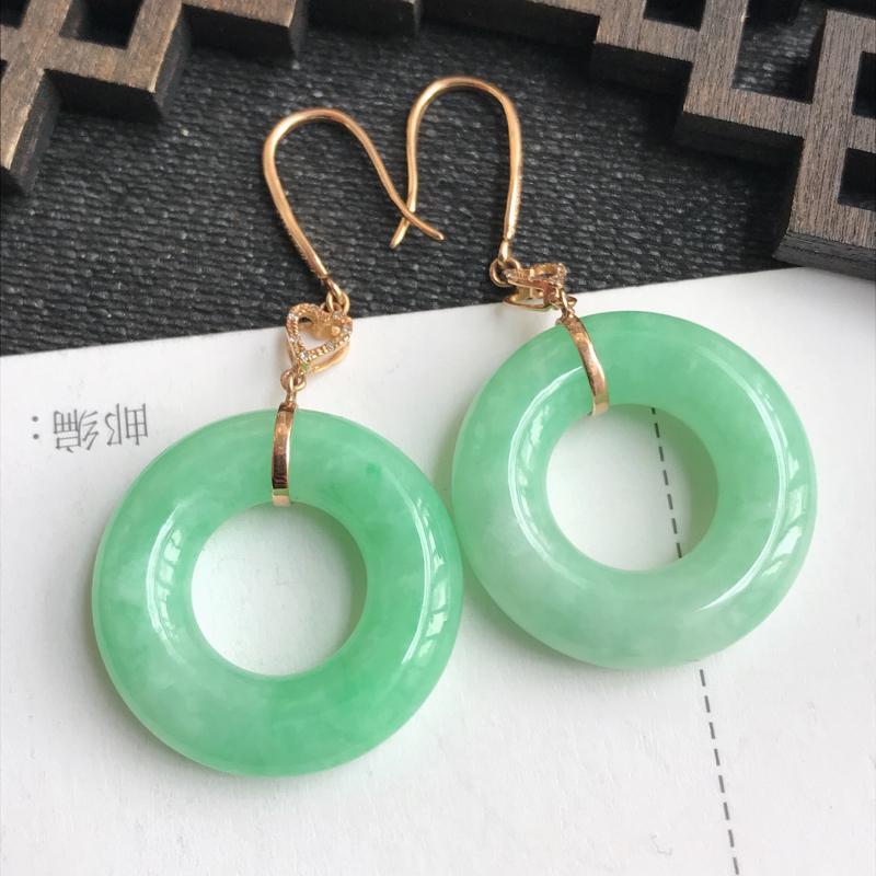 编号:6550,翡翠A货,飘绿18k金伴钻平安环耳环,裸石尺寸:22.6*5.6mm,包金尺寸:44