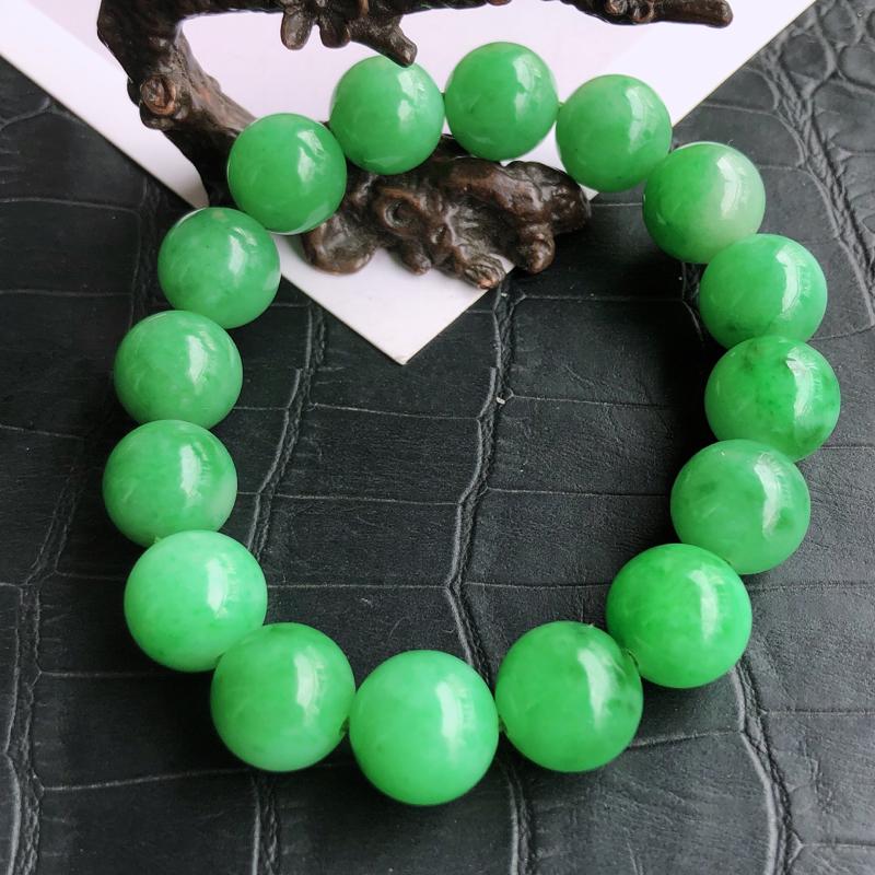 天然a货翡翠满绿珠子手链,玉质细腻,水润,种水足,裸石尺寸:12.2mm