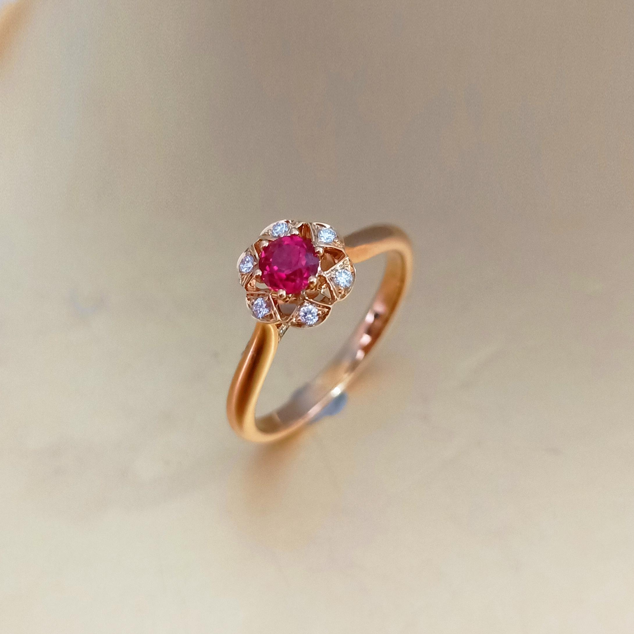 【戒指】18K金+红宝石+钻石 宝石颜色纯正 主石:0.32t/1P 货重:2.70g