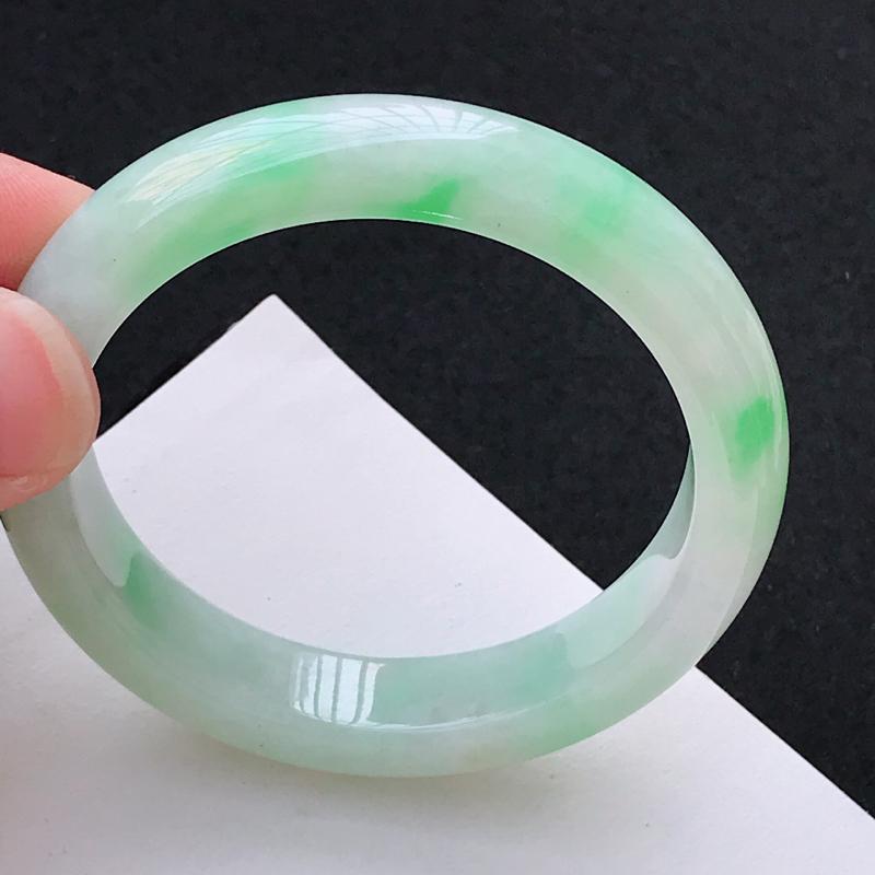 【超值精选】尺寸:55.6/12.1/8.5mm,天然A货翡翠带绿宽边手镯,编号1.25-ying