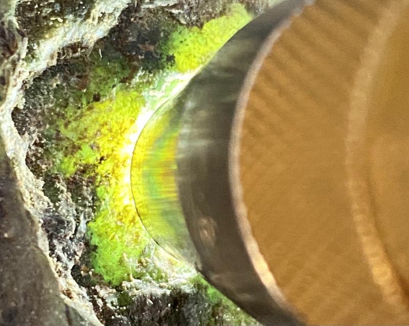 🤝#矿区新货来袭# 木那全赌飘花料,打灯多处有绿色飘花表现,种老水头十足,大面积飘花,品相完整,有