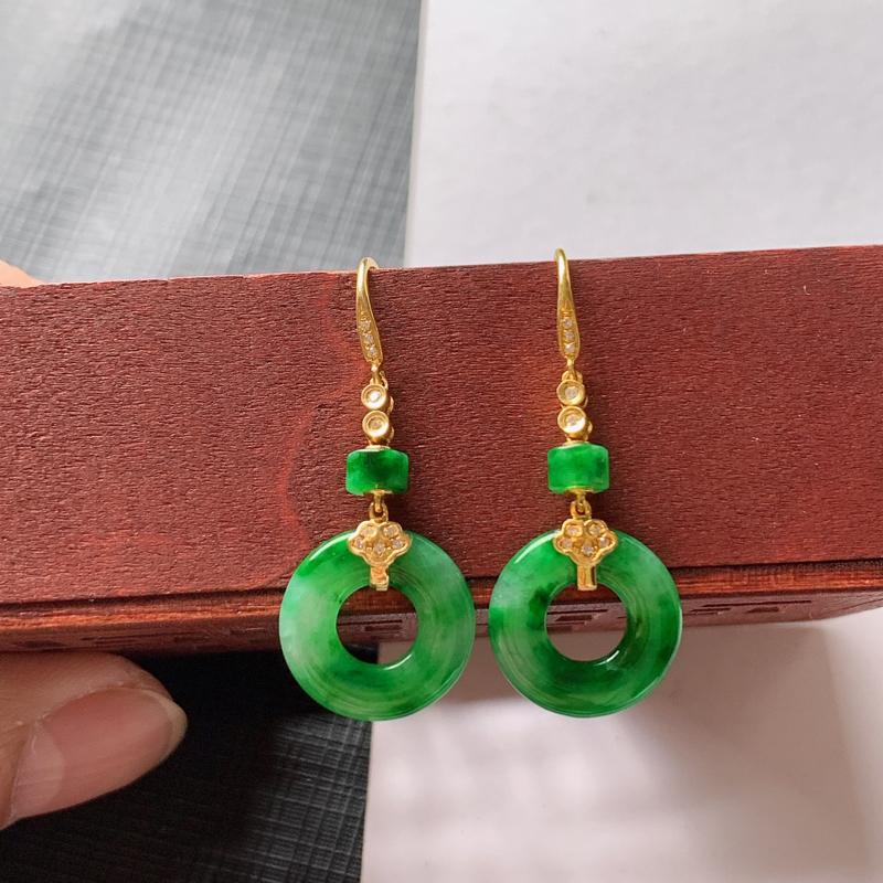 缅甸a货翡翠,18k金伴钻满绿平安环耳坠,尺寸-裸石14.3*2.5mm