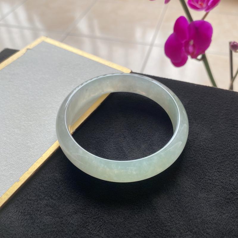 天然A货翡翠冰糯种精美水润手镯 编码0208.26