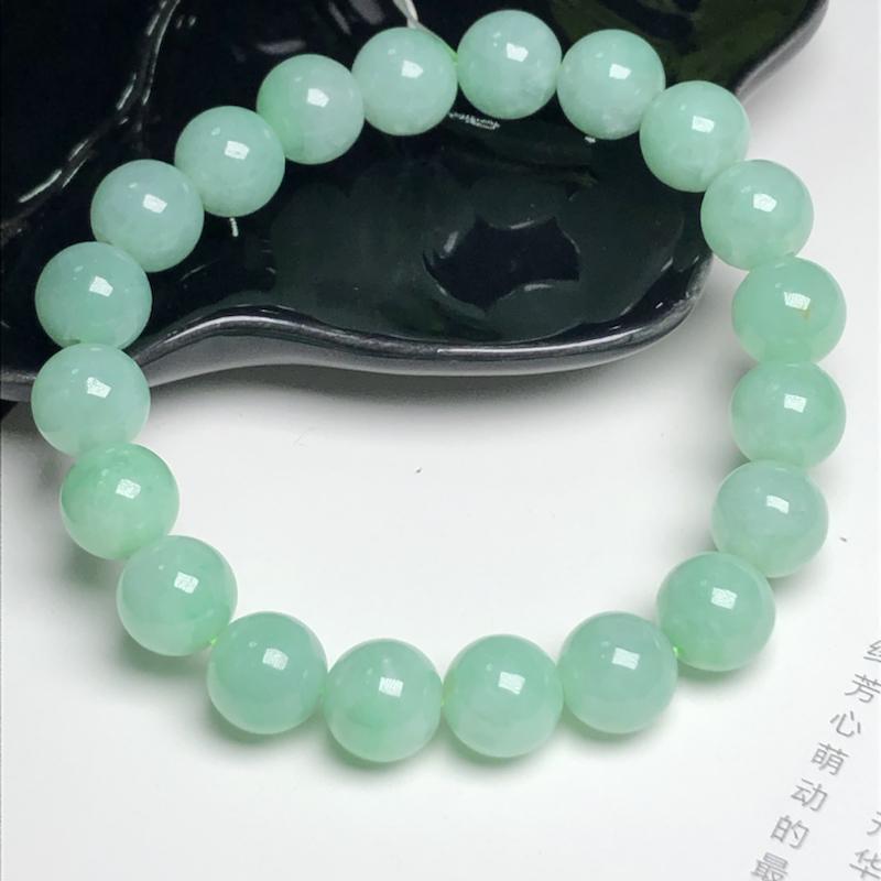 糯种果绿色翡翠珠链手串、直径9.8毫米、质地细腻、色彩鲜艳、ADA183C2