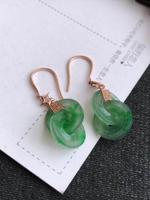 编号:md307nh,2.19翡翠A货,飘绿18k金伴钻平安扣耳环,裸石尺寸:16.6*3mm,包金