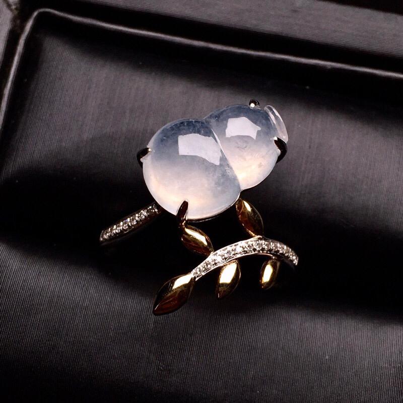 【超值推荐】18K金钻镶嵌冰种葫芦戒指质地细腻 水群饱满 款式新颖时尚唯美 上手亮眼 圈口13整体尺