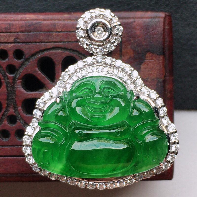 翡翠18K金伴钻镶嵌满绿保平安佛公吊坠,玉质细腻,雕工精美,佩戴送礼佳品,包金尺寸:23.8*20.