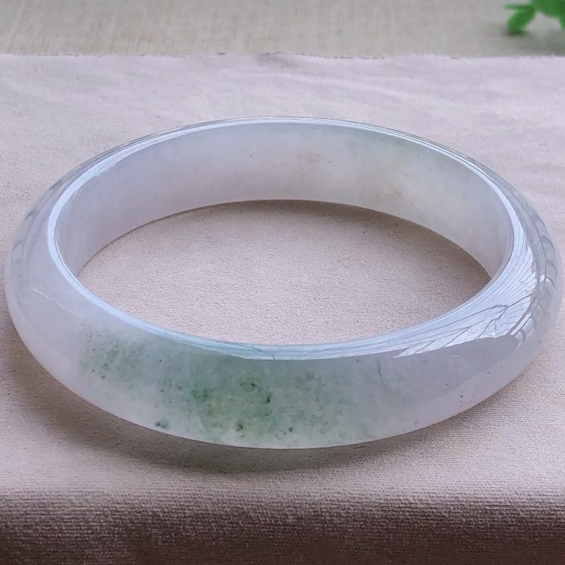 签收送翡翠平安环吊坠️️️冰糯种飘绿翡翠宽条手镯,圆润厚实,亮丽秀气,种水佳,颜色好,品相好,