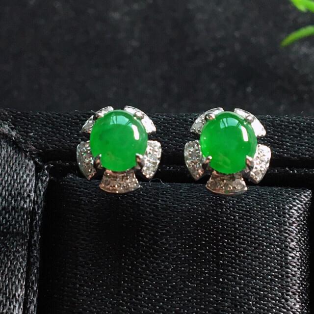 【值得推荐】好漂亮的绿旦耳钉,18k金伴钻镶嵌,尺寸8.1*7.3*4.0mm,非常大气,简约美