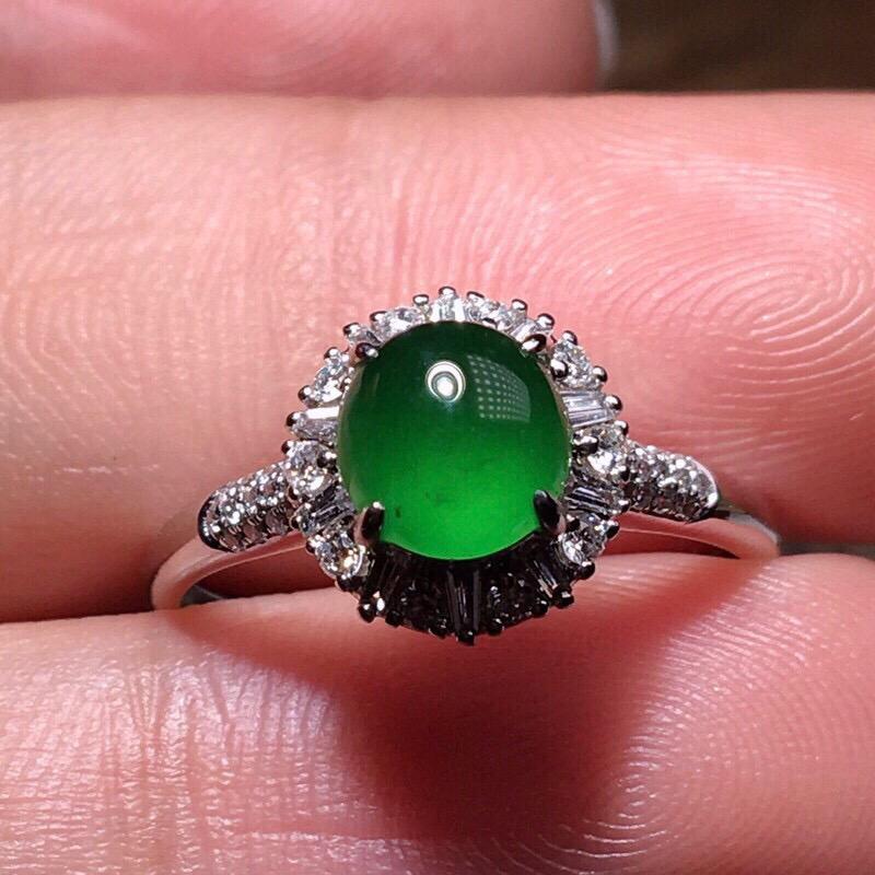 【超低价放漏】严选推荐老坑冰种浓阳绿色女戒指,18k金伴钻镶嵌而成,佩戴效果出众,尽显气质。种