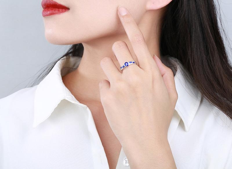 【18k金镶蓝宝石戒指 宝石参数:0.45+0.38ct  配石:钻石28颗,总重2.07克,圈口:14号(可改圈)】图4