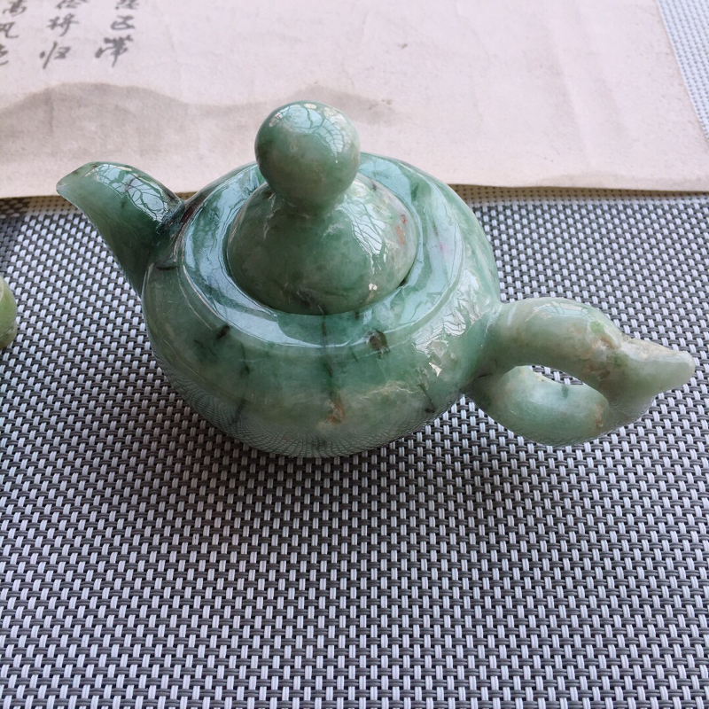 【超低价放漏】天然缅甸翡翠A货绿色翡翠茶壶摆件,有水头,雕工精细,尺寸:128/80/70mm,茶杯取一25.5/17mm,重量0.32kg。#*