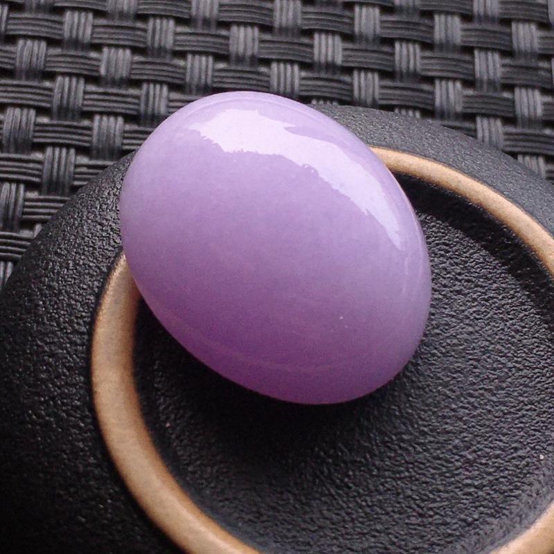 #自然光实拍# 紫罗兰蛋面裸石 玉质细腻,种老起胶,种水好。
