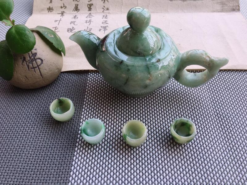 【超低价放漏】天然缅甸翡翠A货绿色翡翠茶壶摆件,有水头,雕工精细,尺寸:128/80/70mm,茶杯