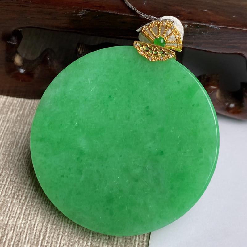 A货翡翠-种好满绿18k金伴钻无事牌吊坠,尺寸-裸石38.8*5.9mm整体45.6*38.8*5.