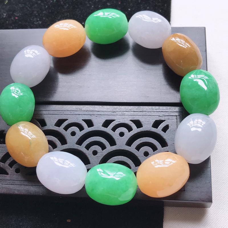 翡翠水润黄加绿路路通手链  玉质细腻,色美种足,上手高贵漂亮  尺寸其中一颗16.1/12.3/12