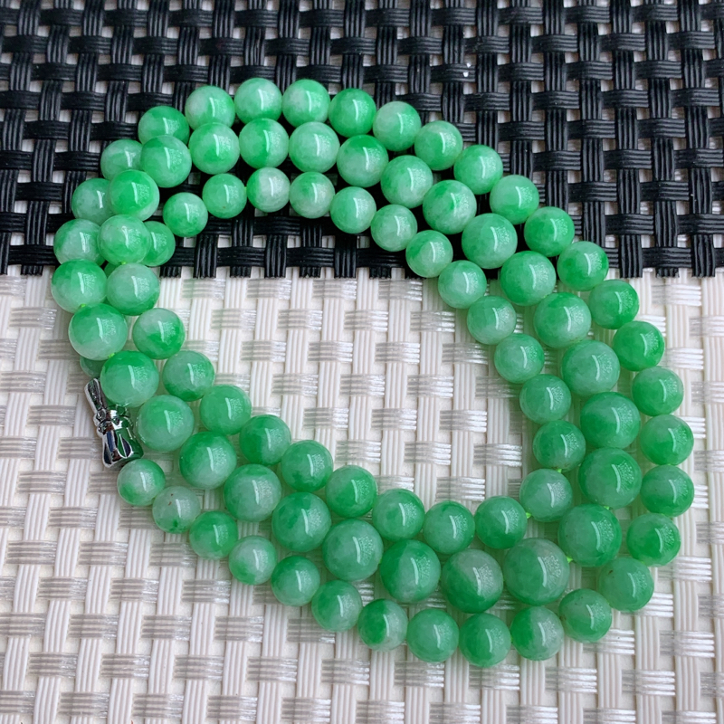塔珠项链、尺寸:86颗5.4/7.4mm,A货翡翠带绿塔珠项链、编号0303dz