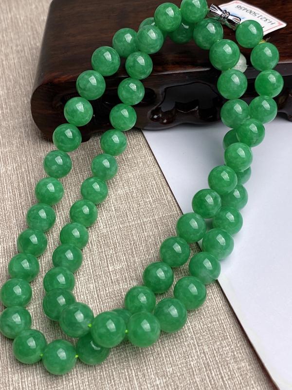 【超值精选】A货翡翠-种好满绿圆珠项链,尺寸-其一圆珠直径9.7mm重量90.77g