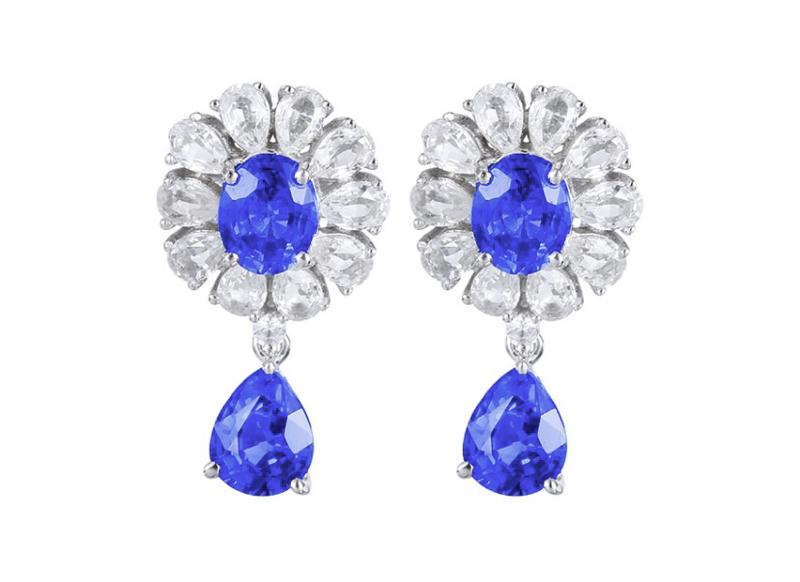 【18k金镶蓝宝石耳钉 宝石参数:2.3ct  配石:白蓝宝22颗,总重2.72克】图5
