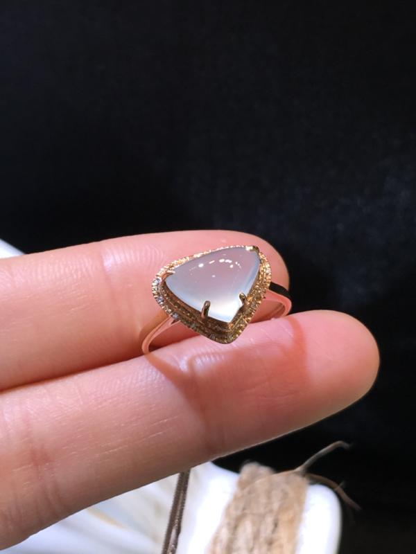 翡翠a货,冰润心形戒指,18k金伴钻,佩戴精美#*