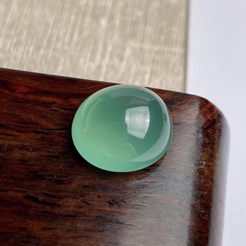 A货翡翠-种好冰种晴水绿蛋面镶嵌件,尺寸-14.7*13.8*8.8mm