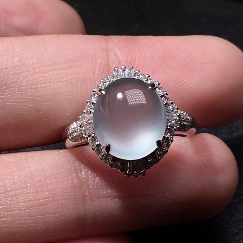 严选推荐(大尺寸,很美)老坑玻璃种翡翠大蛋面女戒指,蛋面饱满圆润,尺寸够大,18k金钻豪华镶嵌