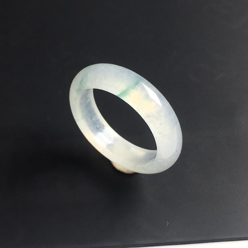 冰种飘花指环 内径19.2毫米 宽5.5 厚3毫米 飘花清爽 玉质水润 佩戴精美