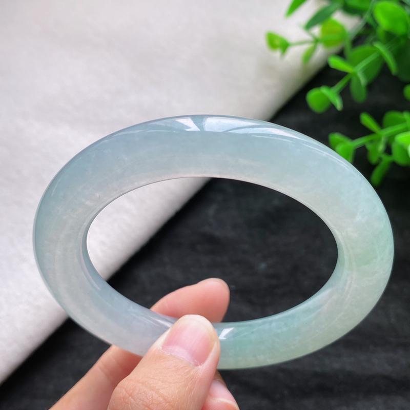 圆条:55.8mm 天然a货种水好种水好冰糯种圆条翡翠手镯,圈口:55.8/11.5/11.5mm