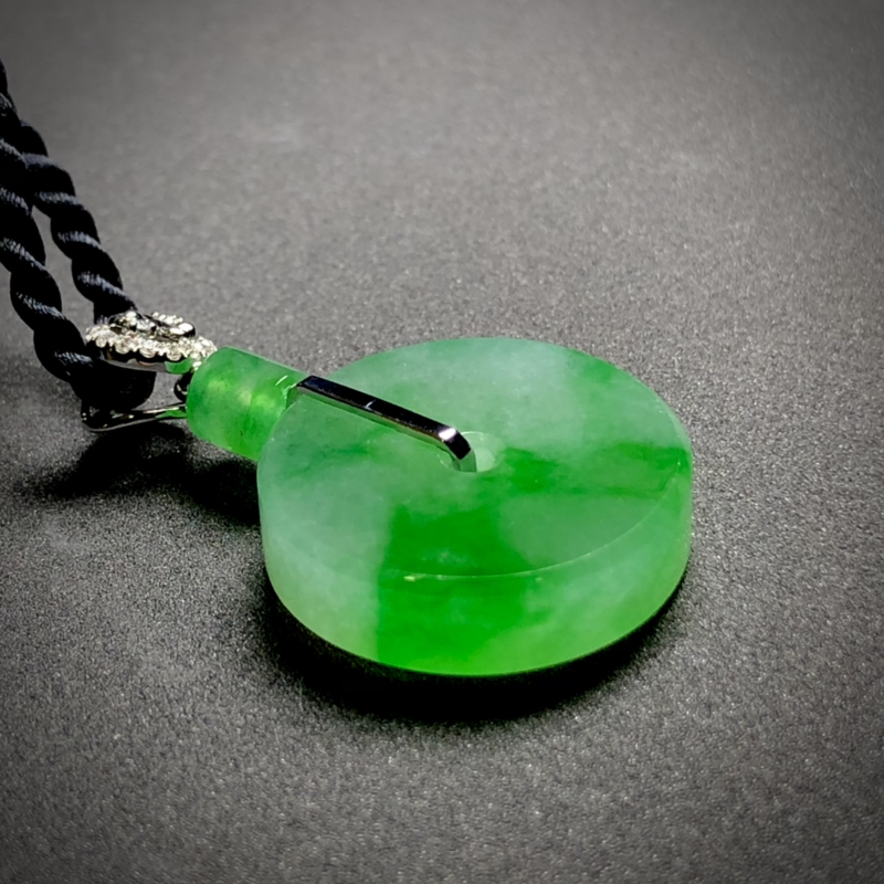 绿花平钱平安扣子, 整体34-20.5-5.5mm, 7.05g, 18K金伴天然钻石镶嵌,