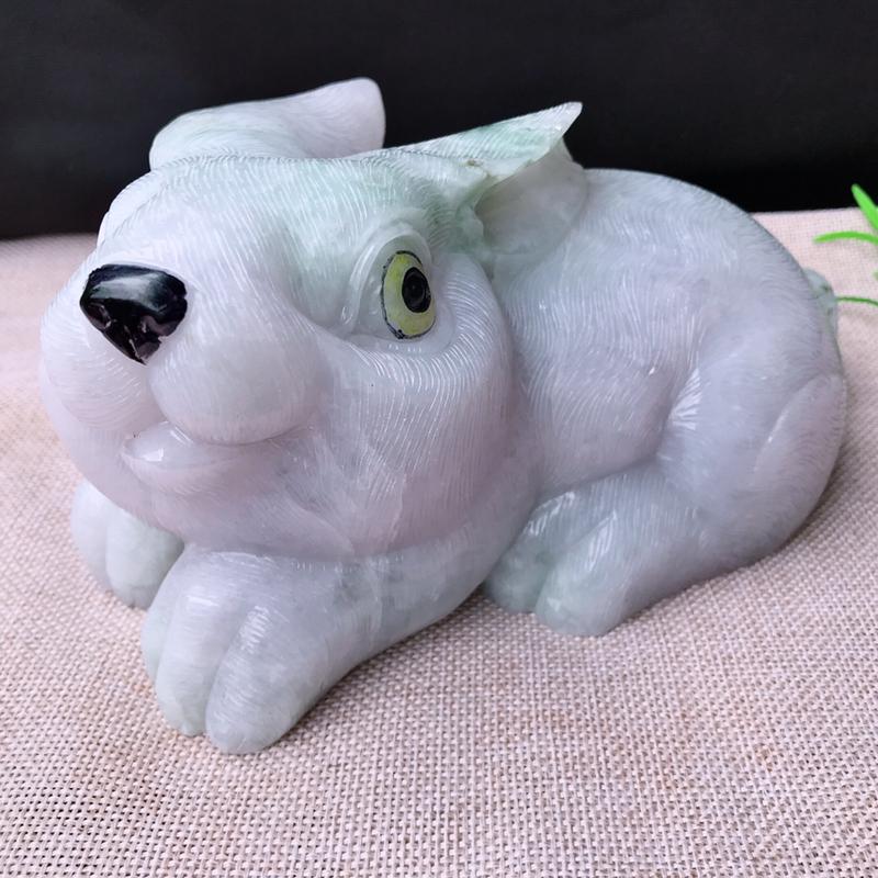 翡翠老坑水润大肥兔子摆件 裸石尺寸85*180*115mm 玉石重2.88公斤 种老水足,肥润饱满,