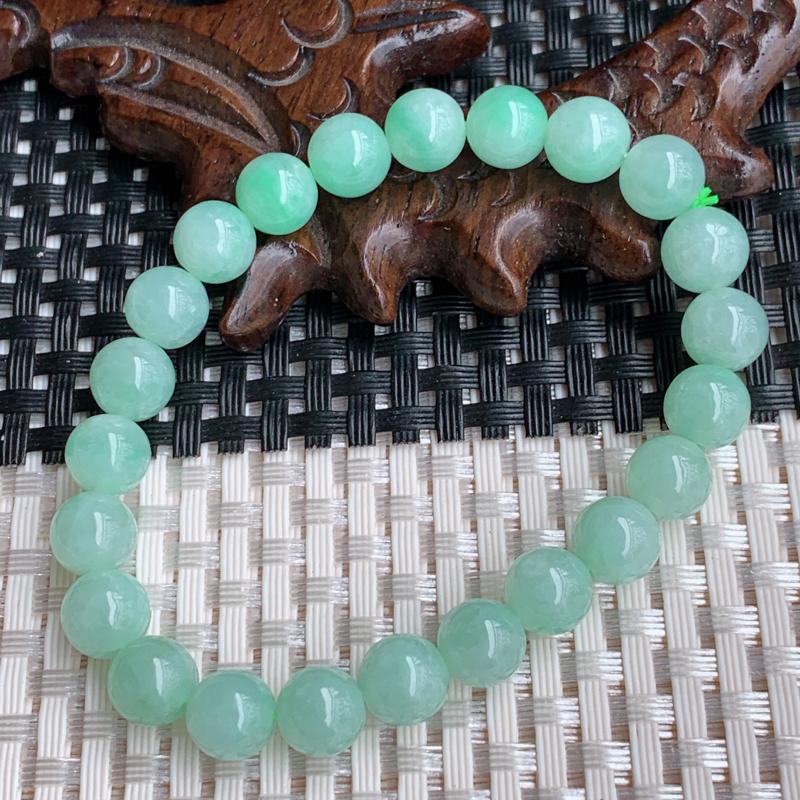 尺寸:23颗8.4mm,A货翡翠冰润满绿圆珠手串,编号0408a