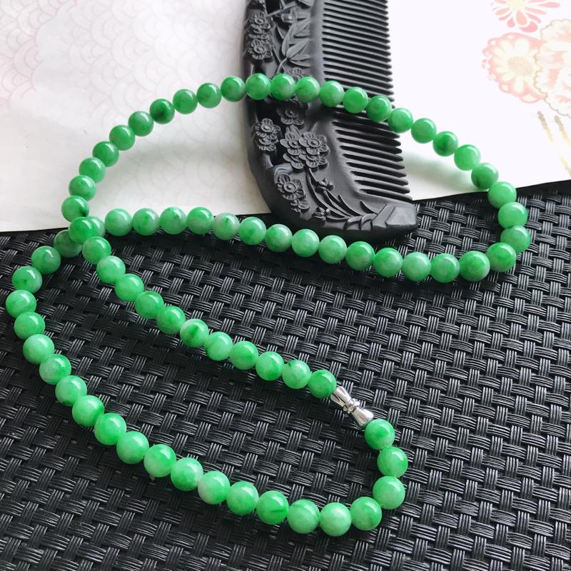 天然翡翠a货颜色好绿项链玉润珠圆尺寸7.5mm