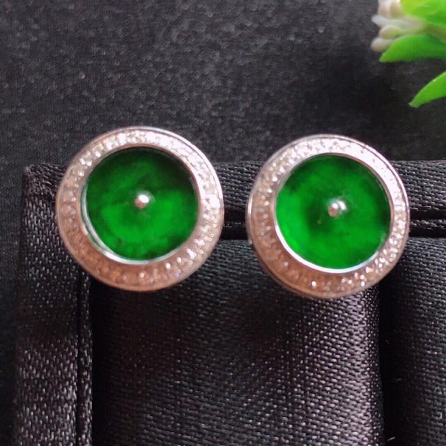 【值得推荐】好漂亮的绿平安耳钉,平安吉祥,18k金伴钻镶嵌,低调奢华,尺寸12.5*3.6mm,非