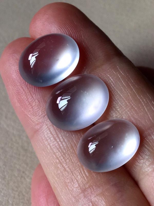 全部,玻璃种蛋面,无纹裂,水头足,起荧光,裸石尺寸13/10.5/5.4--12.8/10.8/5.