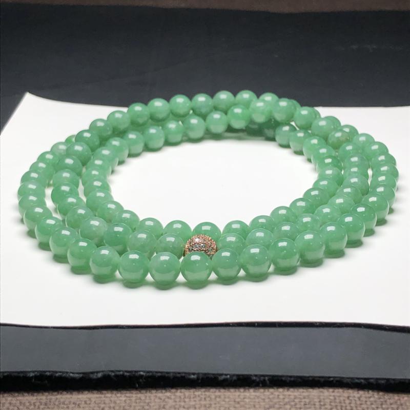 糯种油青翡翠珠链项链,108颗,直径7.3毫米,质地细腻,水润光泽,隔珠是装饰品,A053FN