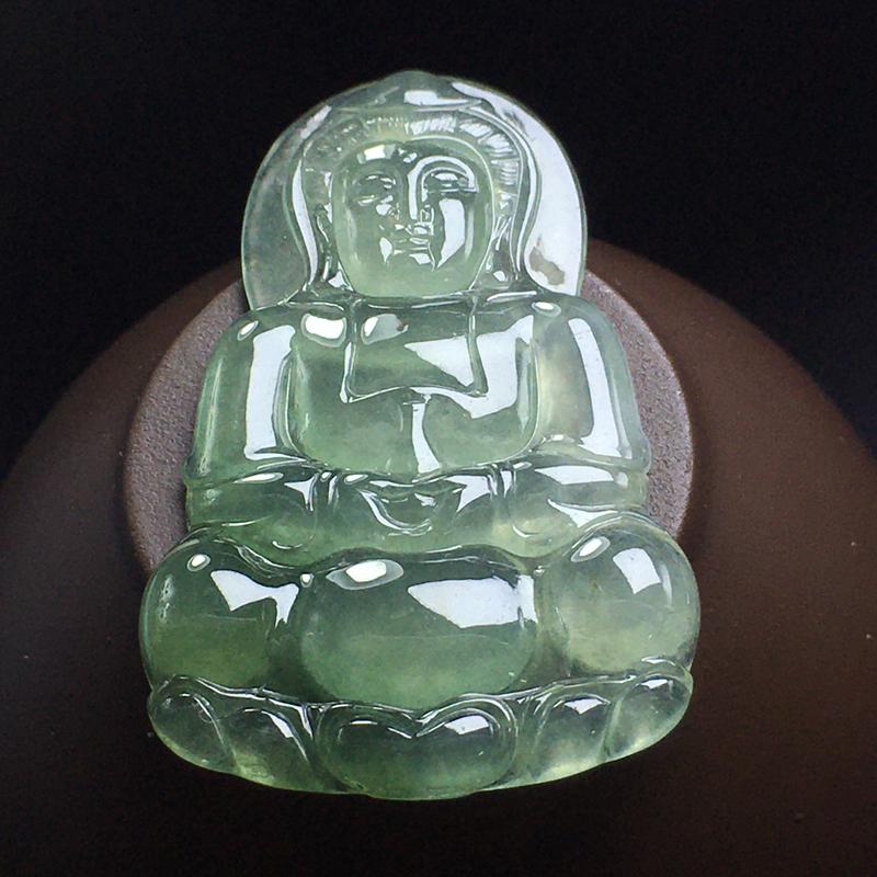 冰种观音:种老水足,干净起光,没有纹裂,雕刻精致,栩栩如生。尺寸:47.3-30.3-4.4