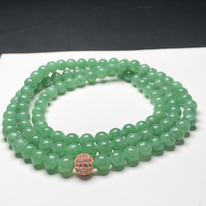 糯种油青翡翠珠链项链,108颗,直径6.4毫米,质地细腻,水润光泽,隔珠是装饰品,A267CN