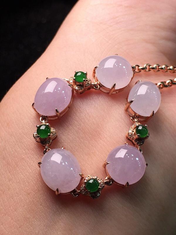 冰粉紫蛋面手链,色泽艳丽,玉质细腻,莹润光泽,料子干净,18K金镶嵌钻石,全长:184.1mm,裸石