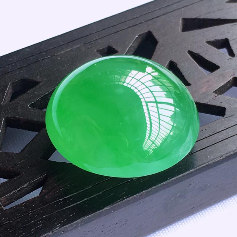 天然甸缅翡翠A货阳绿色蛋面裸石,料子腻细柔洁,可镶嵌戒指,吊坠,尺寸20.1/20.3/11