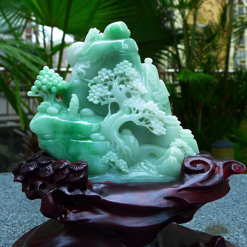 缅甸天然翡翠A货 浅绿精美 高山流水 山水摆件 雕刻精美线条流畅种水好 层次分明 工艺精湛 搭配精美