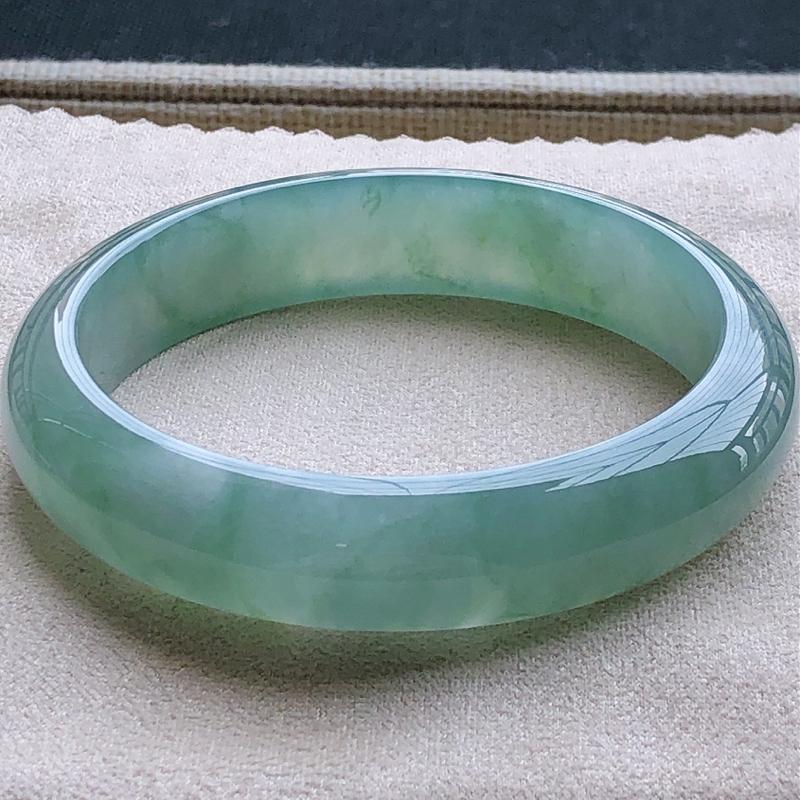 签收送翡翠平安环吊坠️️️冰糯种冰润蓝刚翡翠宽条手镯,圆润厚实,亮丽秀气,颜色好,品相好,上手