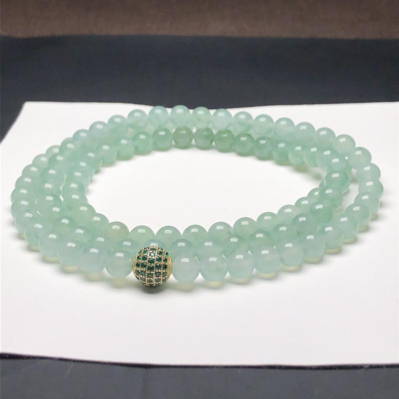 糯化种晴底翡翠珠链项链,108颗,直径6.8毫米,质地细腻,水润光泽,隔珠是装饰品,A081FHM