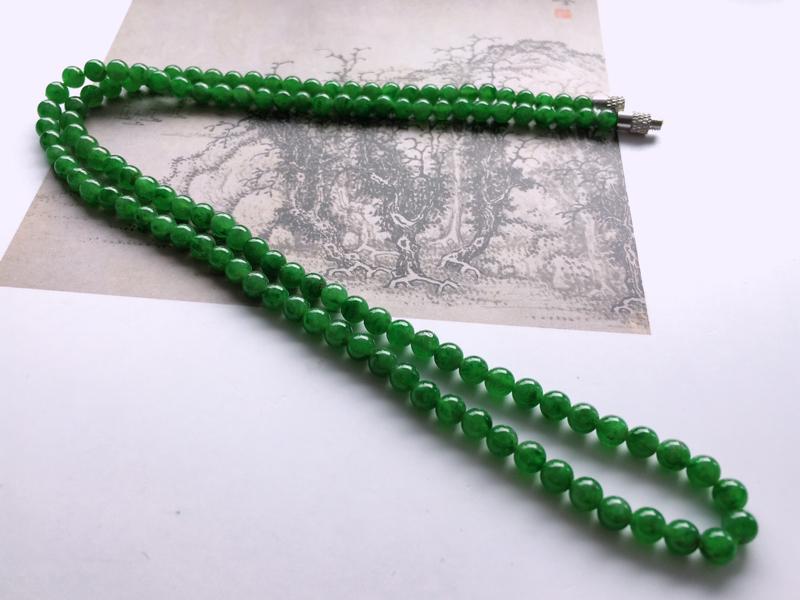 #自然光实拍# 飘花圆珠项链 玉质细腻,种老起胶,扣子为配饰。颗数:122颗